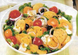 Kartoffelsalat mit Tomaten