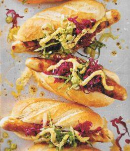 Thüringer Hotdog mit Sauerkraut